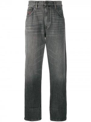 Прямые джинсы D-Reggy Diesel. Цвет: серый