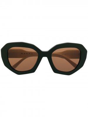 Солнцезащитные очки Edge в массивной оправе Marni Eyewear. Цвет: нейтральные цвета