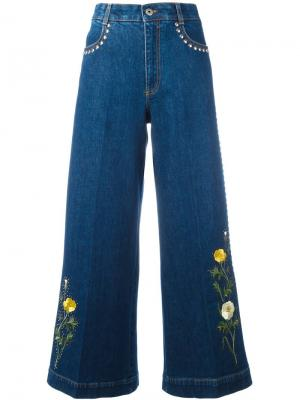Расклешенные джинсы с цветочной вышивкой Stella McCartney. Цвет: синий