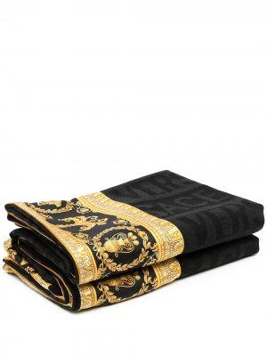 Одеяло с логотипом Versace Home. Цвет: черный