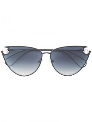 Pearl embellished cat-eye sunglasses Christopher Kane Eyewear. Цвет: черный