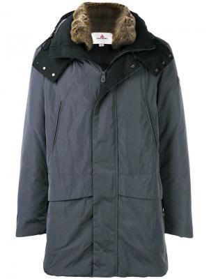 Пуховое пальто с капюшоном Peuterey. Цвет: серый