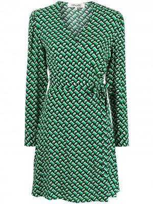 Платье Saville с запахом DVF Diane von Furstenberg. Цвет: зеленый
