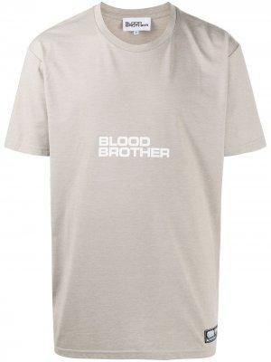 Футболка Hayes с логотипом Blood Brother. Цвет: нейтральные цвета