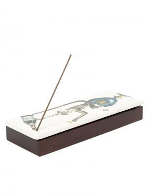 Шкатулка-подставка для благовония Scimmie Fornasetti. Цвет: белый