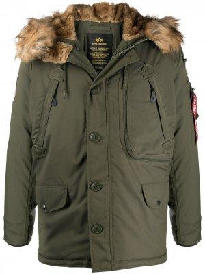 Куртка Polar с капюшоном Alpha Industries. Цвет: зеленый