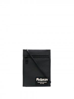 Сумка на плечо с нашивкой-логотипом Alexander McQueen. Цвет: черный