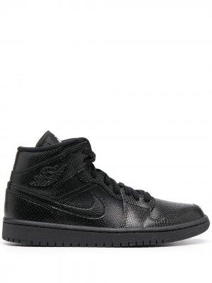 Кроссовки Air  1 Mid Jordan. Цвет: черный