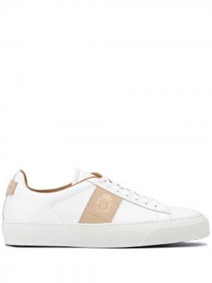 Кроссовки с тисненым логотипом Billionaire. Цвет: белый
