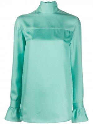 Атласная блузка с высоким воротником Victoria Beckham. Цвет: зеленый