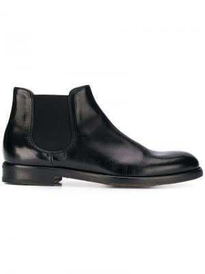 Ботинки по щиколотку без застежки Doucal's. Цвет: черный