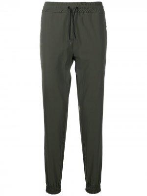 Спортивные брюки с лампасами Hydrogen. Цвет: зеленый