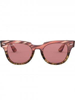 Солнцезащитные очки Meteor Striped Ray-Ban. Цвет: розовый