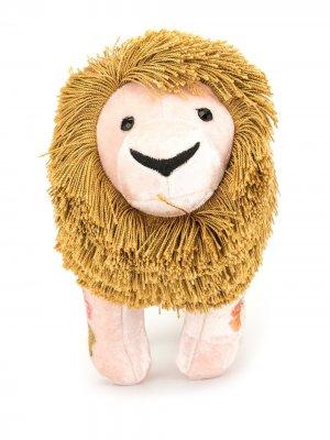 Мягкая игрушка лев с вышивкой Anke Drechsel. Цвет: розовый