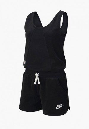 Комбинезон Nike. Цвет: черный