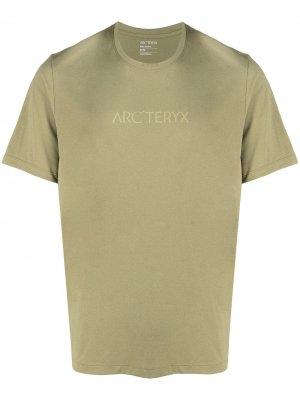 Arcteryx футболка Remige Word с логотипом Arc'teryx. Цвет: зеленый