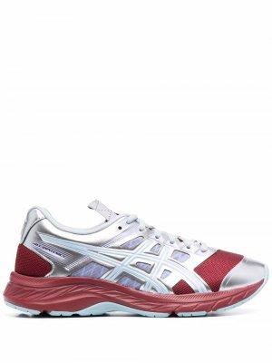 Кроссовки в стиле колор-блок ASICS. Цвет: красный