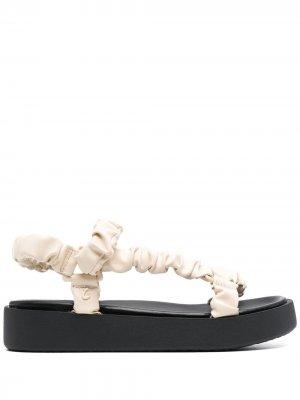 Массивные сандалии Sam Edelman. Цвет: нейтральные цвета