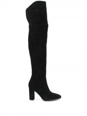 Ботфорты с закругленным носком Pollini. Цвет: черный