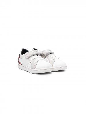 Кроссовки на липучках с логотипом Geox. Цвет: белый