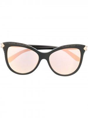 Солнцезащитные очки в оправе кошачий глаз с затемненными линзами Bvlgari. Цвет: черный