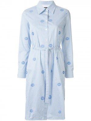 Платье-рубашка в полоску с длинными рукавами и принтом Markus Lupfer. Цвет: синий