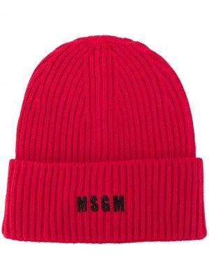 Шапка бини в рубчик с вышитым логотипом MSGM. Цвет: красный