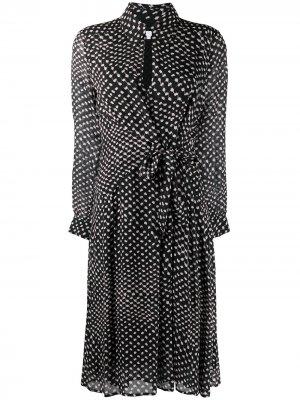 Платье с запахом и узором в горох Lala Berlin. Цвет: черный