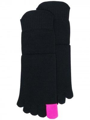 Носки с логотипом Ssheena. Цвет: черный