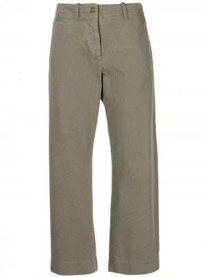 Укороченные брюки Tomboy с узором в елочку Nili Lotan. Цвет: зеленый