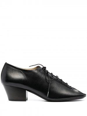 Туфли на шнуровке Lemaire. Цвет: черный