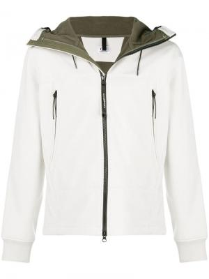 Hooded jacket CP Company. Цвет: белый