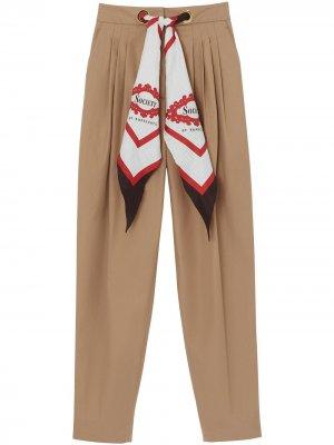Зауженные брюки с платком Burberry. Цвет: коричневый