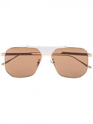Солнцезащитные очки в квадратной оправе Bottega Veneta Eyewear. Цвет: золотистый