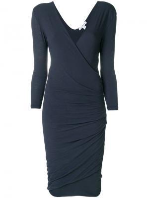 Приталенное платье с запахом James Perse. Цвет: синий