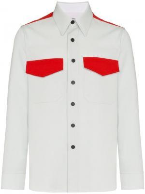 Рубашка с нагрудными карманами клапанами Calvin Klein 205W39nyc. Цвет: синий