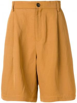 Шорты до колена Qasimi. Цвет: коричневый