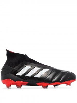 Бутсы Predator adidas. Цвет: черный