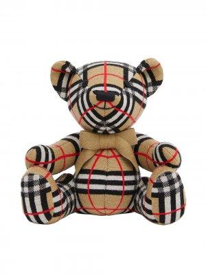 Клетчатая мягкая игрушка в виде медведя Burberry Kids. Цвет: нейтральные цвета