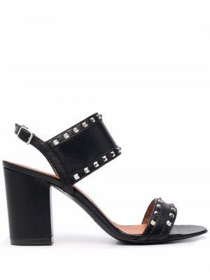 Туфли с заклепками Via Roma 15. Цвет: черный