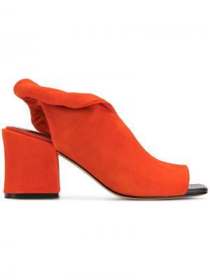 Босоножки на наборном каблуке Sigerson Morrison. Цвет: желтый