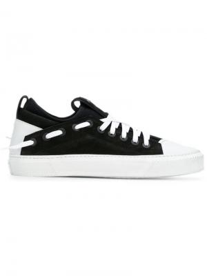 Кроссовки на шнуровке Bruno Bordese. Цвет: белый