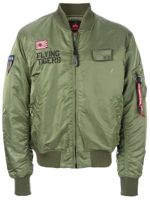 Куртка бомбер Alpha Industries. Цвет: зеленый