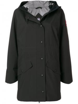 Пальто с капюшоном Canada Goose. Цвет: черный