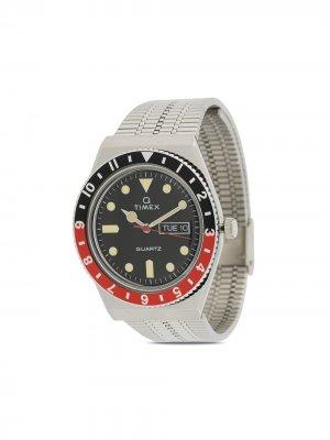 Наручные часы Q Reissue 38 мм TIMEX. Цвет: серебристый