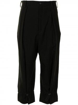 Укороченные зауженные брюки Yohji Yamamoto. Цвет: черный