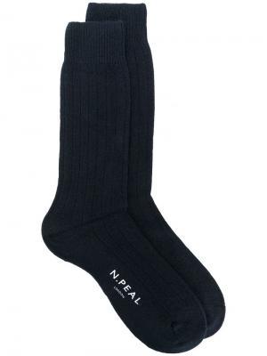 Короткие носки ребристой вязки N.Peal. Цвет: синий