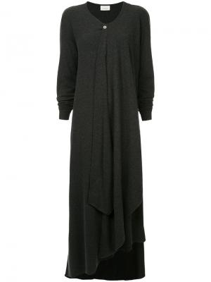 Многослойное вязаное платье Lemaire. Цвет: серый