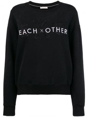 Front logo loose sweatshirt Each X Other. Цвет: черный