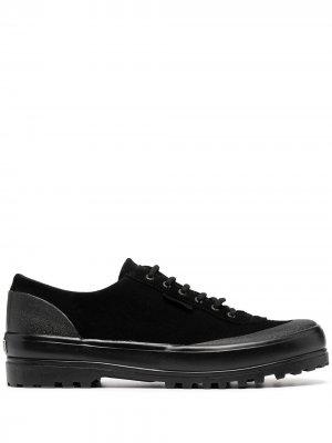 Кроссовки со вставками Superga. Цвет: черный